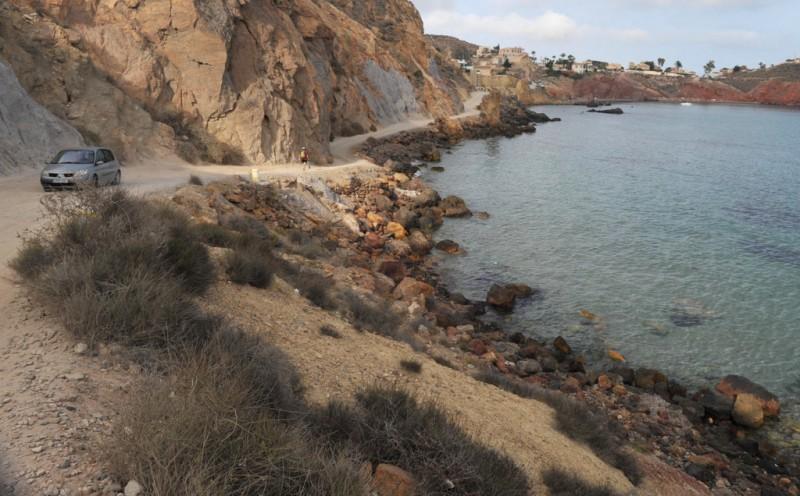 Closure of coastal track between Bolnuevo and Cañada de Gallego in the Mazarron municipality