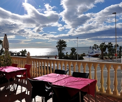 <span style='color:#780948'>ARCHIVED</span> - 14th September, Suzie G at The New Royal, Puerto de Mazarron