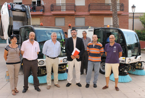 <span style='color:#780948'>ARCHIVED</span> - Mazarron invests 156,000 a year into new roadsweepers