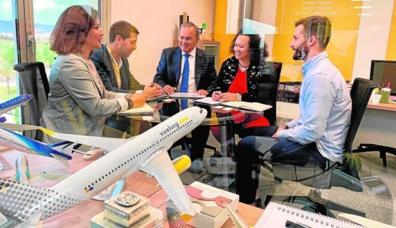 <span style='color:#780948'>ARCHIVED</span> - Vueling weighs up Corvera-Barcelona flight proposal