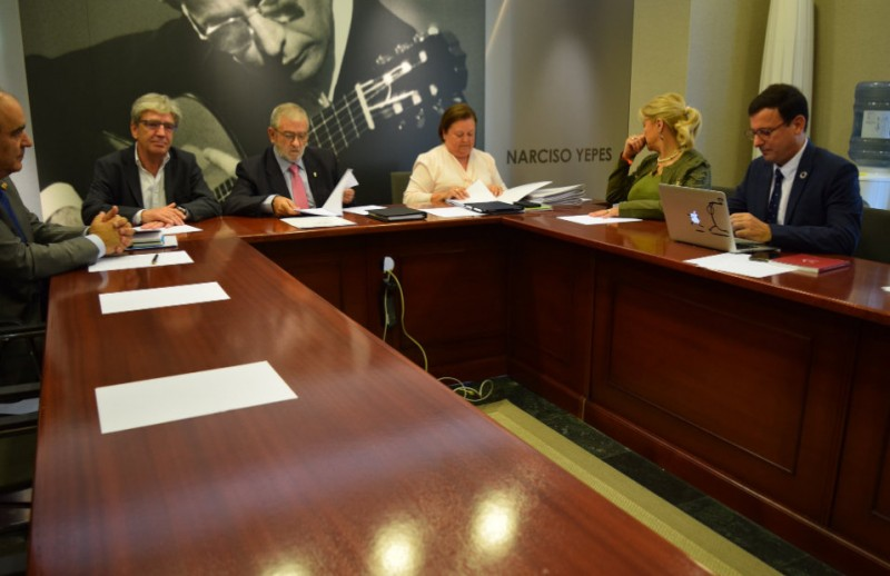 <span style='color:#780948'>ARCHIVED</span> - Tension mounts in Murcia regional government negotiations as Ciudadanos tighten the screws