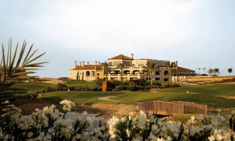 4-star Sheraton hotel at the Hacienda del Álamo Golf and Spa Resort