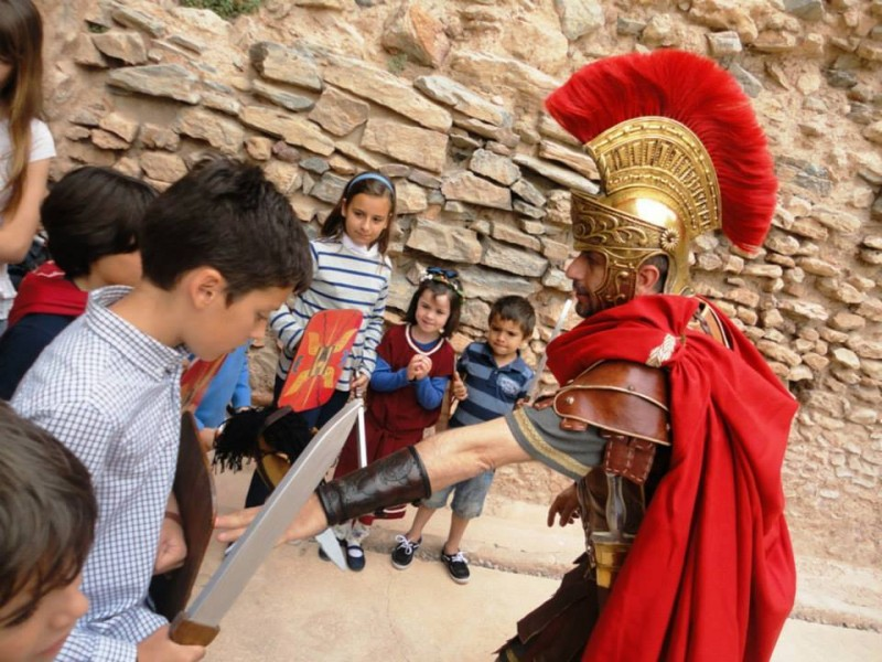 Saturday and Sunday guided cultural tours in Cartagena