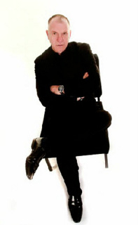 <span style='color:#780948'>ARCHIVED</span> - 21st December, Ken Maybury comedy hypnotist, New Royal, Puerto de Mazarron