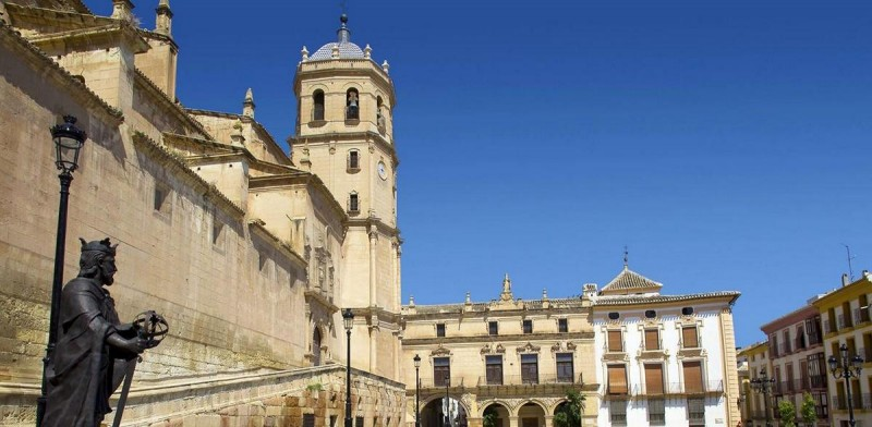 Lorca: Daily English language tours of the Church of San Patricio and the three plazas