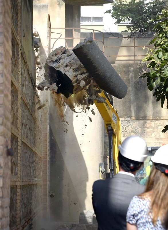 <span style='color:#780948'>ARCHIVED</span> - Murcia city council demolishes walls of the old jail to create cultural centre