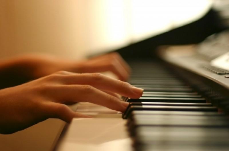 <span style='color:#780948'>ARCHIVED</span> - 7th October Mario Prisuelos Beethoven Actual Piano Cycle Murcia Auditorium