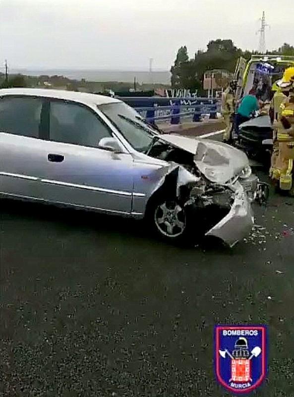 <span style='color:#780948'>ARCHIVED</span> - Nasty 3 car accident in Puerto de la Cadena near Murcia city