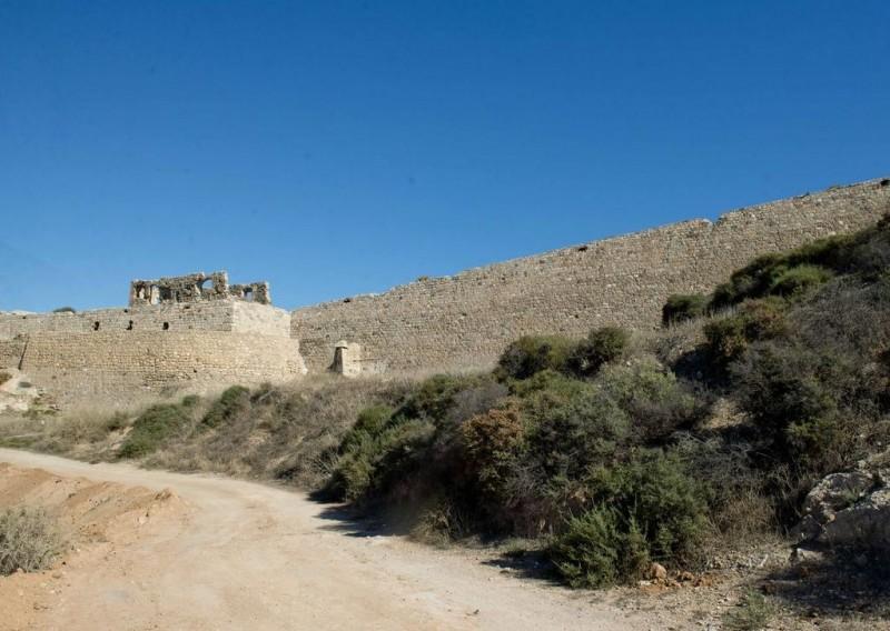 <span style='color:#780948'>ARCHIVED</span> - Vandals at the Castillo de los Moros in Cartagena cause entrances to be bricked up