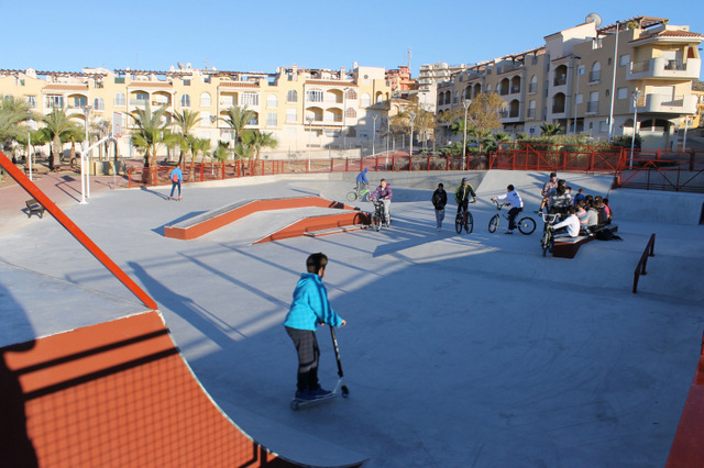 <span style='color:#780948'>ARCHIVED</span> - Mazarrón inaugurates new skatepark in the port