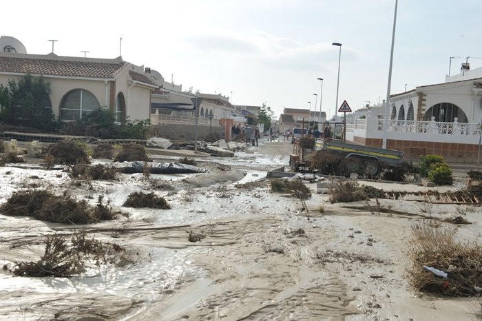 <span style='color:#780948'>ARCHIVED</span> - Making claims following the floods on Camposol D