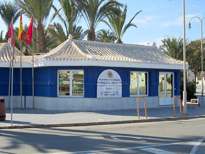 Policía Local and Guardia Civil in Cabo de Palos