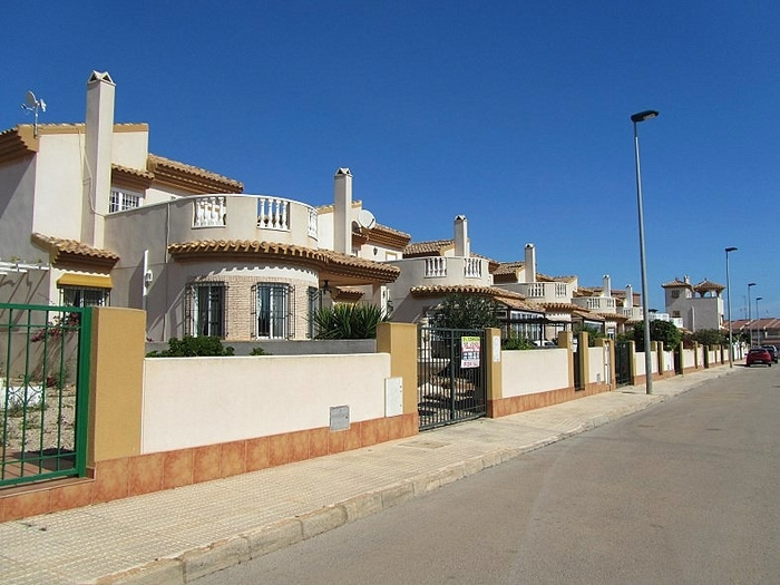 Property in Los Nietos